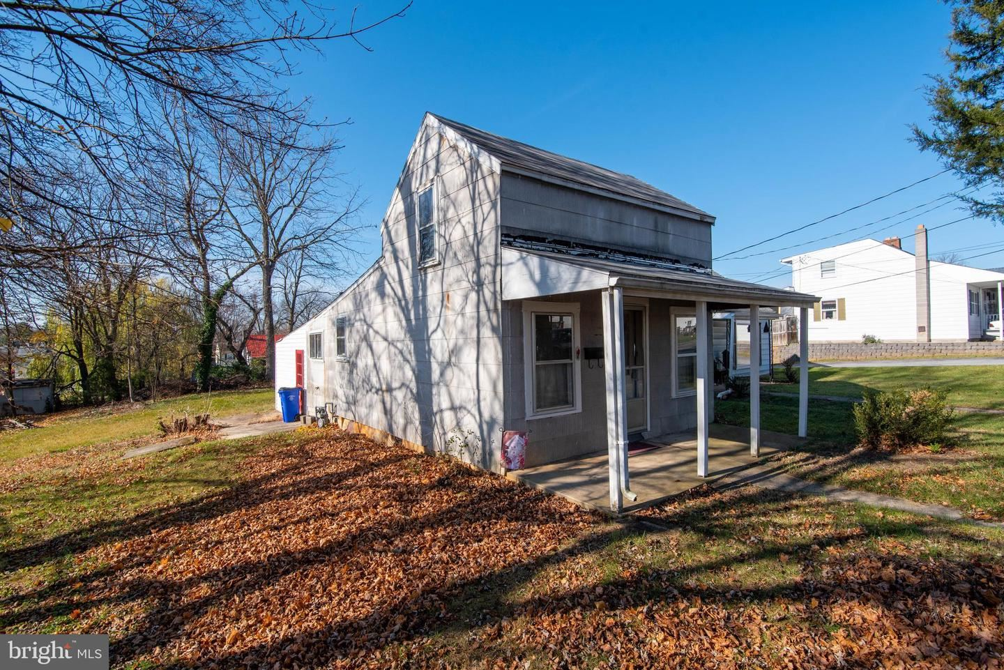 Photo of 1041 GEORGIA AVE, HAGERSTOWN, MD 21740 (MLS # MDWA176498)
