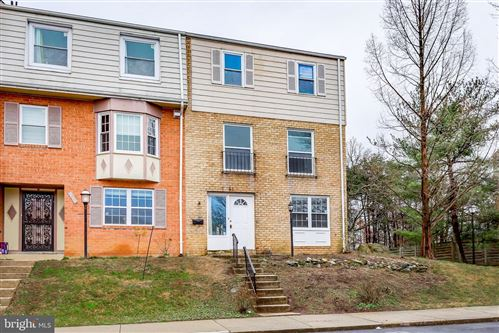 Photo of 61 TIMBER ROCK RD, GAITHERSBURG, MD 20878 (MLS # MDMC697500)