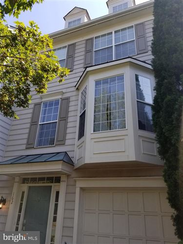 Photo of 162 CONNERY TER SW, LEESBURG, VA 20175 (MLS # VALO419500)
