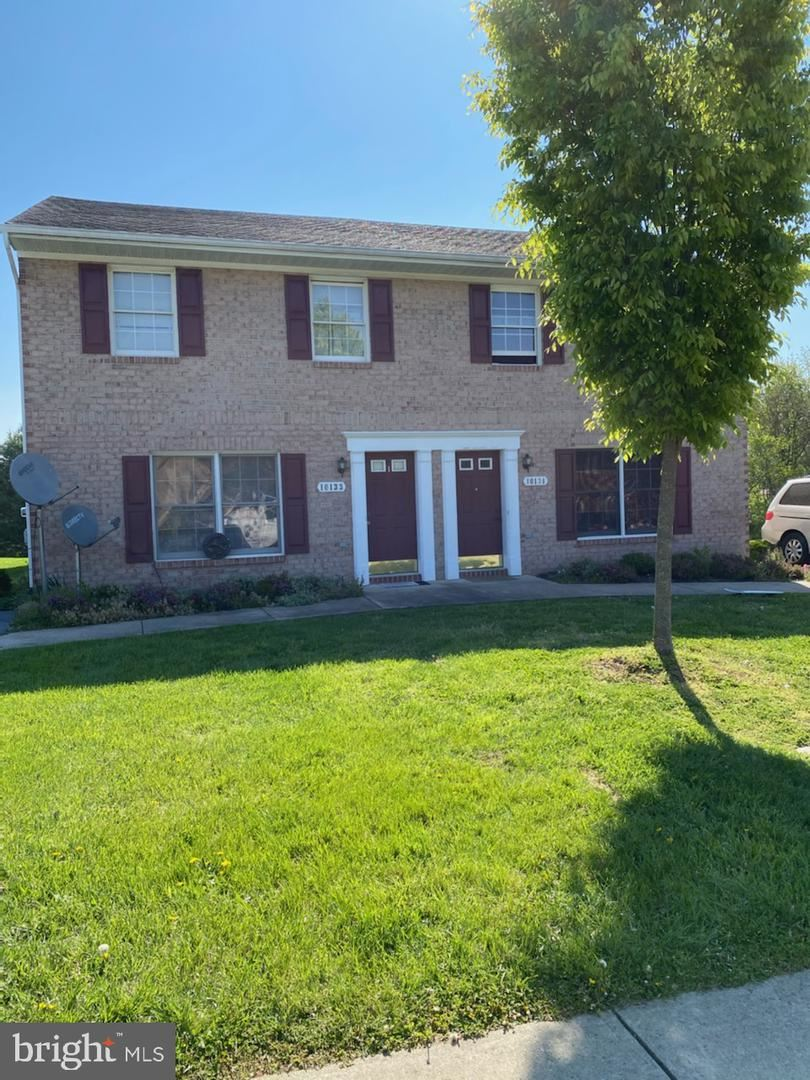 Photo of 10133 SAINT GEORGE CIR, HAGERSTOWN, MD 21740 (MLS # MDWA179502)
