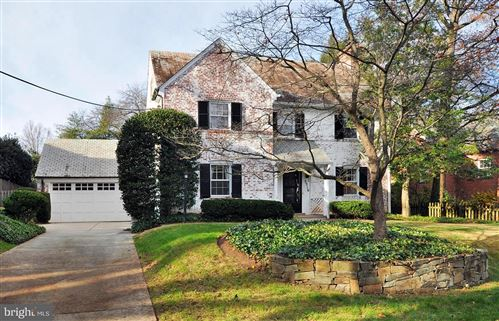 Photo of 5516 GROVE ST, CHEVY CHASE, MD 20815 (MLS # MDMC737504)