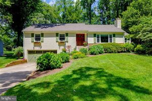 Photo of 4601 GREAT OAK RD, ROCKVILLE, MD 20853 (MLS # MDMC665506)