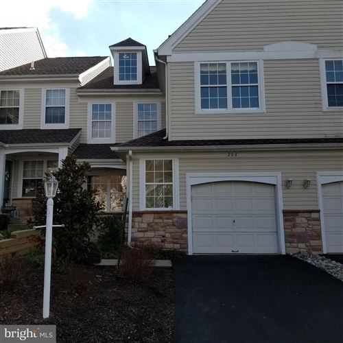 Photo of 204 LEEDS CT #12, NEW HOPE, PA 18938 (MLS # PABU497506)