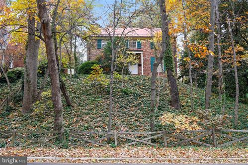 Photo of 403 W WINDSOR AVE, ALEXANDRIA, VA 22302 (MLS # VAAX241508)