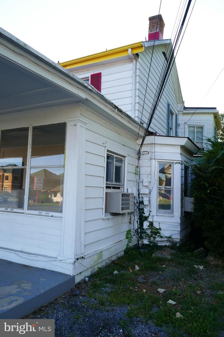 Photo of 2641 VALLEY AVE, WINCHESTER, VA 22601 (MLS # VAWI2000508)
