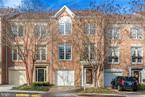 Photo of 1344 SUNDIAL DR, RESTON, VA 20194 (MLS # VAFX1094510)