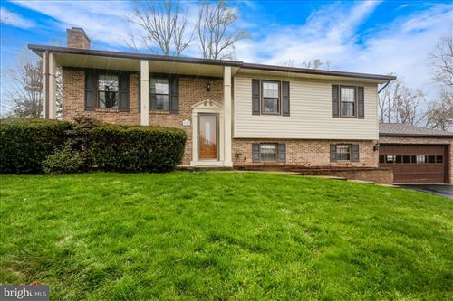 Photo of 9904 GOLDEN RUSSET CT, DUNKIRK, MD 20754 (MLS # MDCA175512)