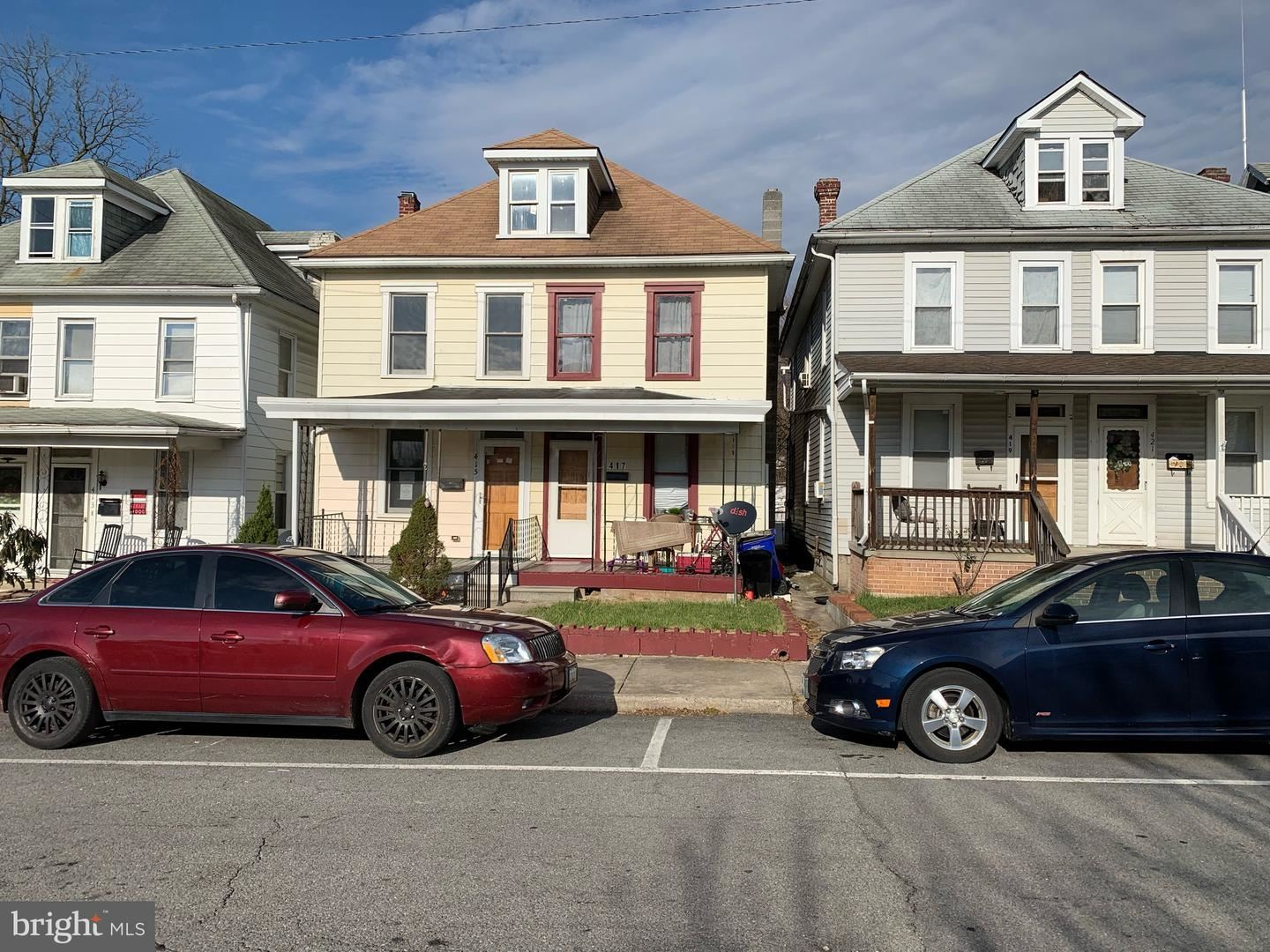 Photo of 415 CLARENDON AVE, HAGERSTOWN, MD 21740 (MLS # MDWA176512)