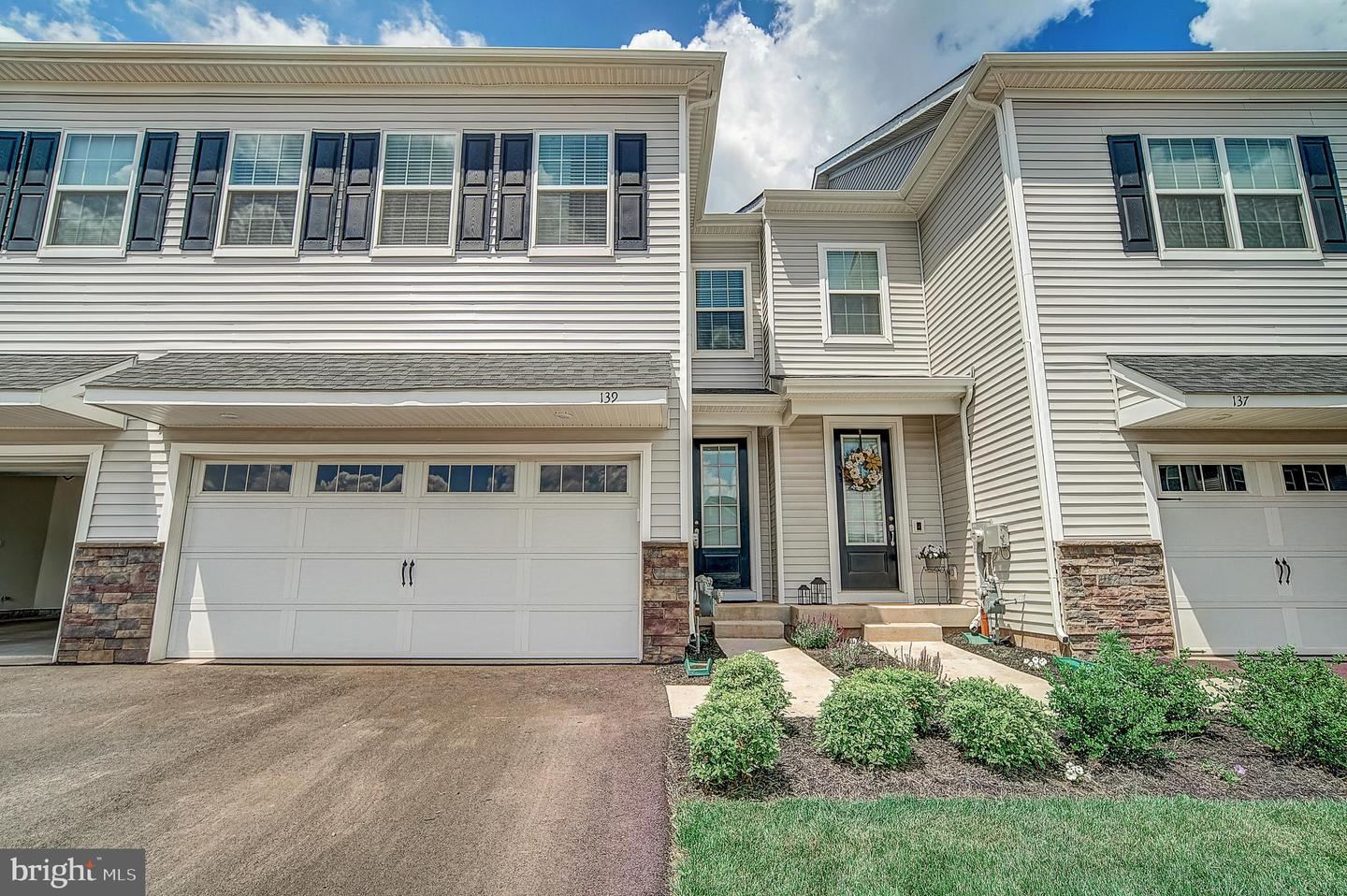 139 GOLDEN VALE DR, Royersford, PA 19468 - #: PAMC653514