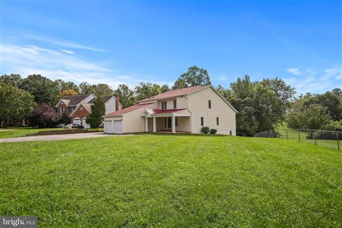 Photo of 14309 DUVALL HILL CT, BURTONSVILLE, MD 20866 (MLS # MDMC723516)
