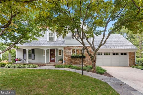 Photo of 3503 WINDSOR PL, CHEVY CHASE, MD 20815 (MLS # MDMC726520)