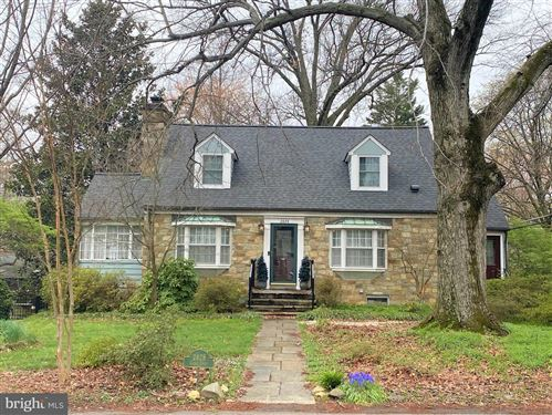 Photo of 2828 CLEAVE DR, FALLS CHURCH, VA 22042 (MLS # VAFX1119522)