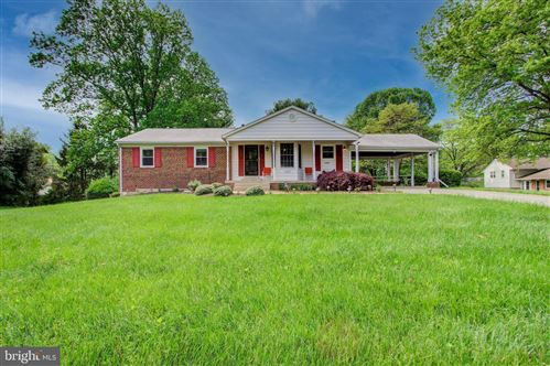 Photo of 16428 GRANDE VISTA DR, DERWOOD, MD 20855 (MLS # MDMC756526)