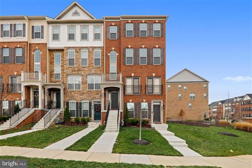 Photo of 2503 CAMPUS WAY N, LANHAM, MD 20706 (MLS # MDPG576528)