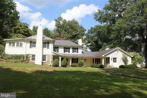 Photo of 22156 POT HOUSE RD, MIDDLEBURG, VA 20117 (MLS # VALO392528)