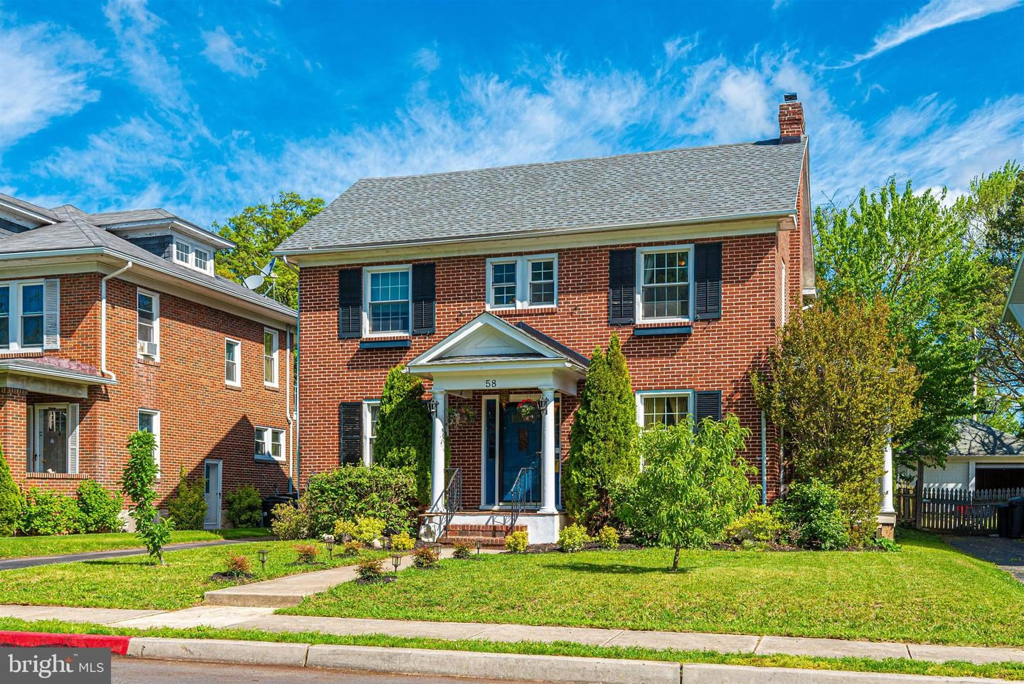 Photo of 58 E IRVIN AVE, HAGERSTOWN, MD 21742 (MLS # MDWA179528)