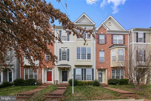 Photo of 11771 SKYLARK RD, CLARKSBURG, MD 20871 (MLS # MDMC700530)