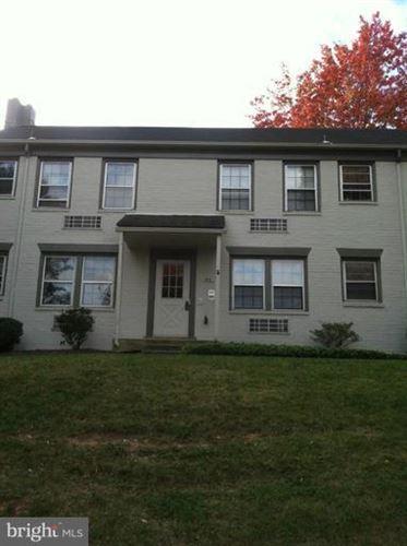 Photo of 814 JEFFERSON ST #B, ALEXANDRIA, VA 22314 (MLS # VAAX252530)