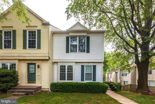 Photo of 12151 WEDGEWAY PL, FAIRFAX, VA 22033 (MLS # VAFX1131530)