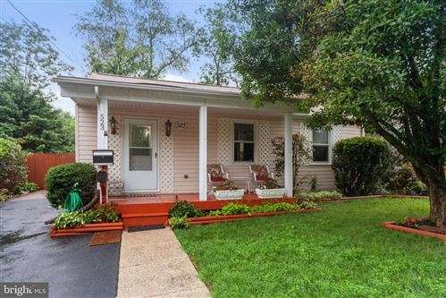Photo of 523 WOODSTON RD, ROCKVILLE, MD 20850 (MLS # MDMC718532)
