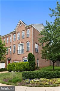 Photo of 13580 FLYING SQUIRREL DR, HERNDON, VA 20171 (MLS # VAFX1067534)