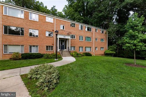 Photo of 10423 MONTROSE AVE #101, BETHESDA, MD 20814 (MLS # MDMC713538)
