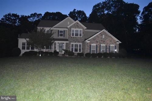 Photo of 5947 HUNTER CREST RD, WOODBRIDGE, VA 22193 (MLS # VAPW505538)