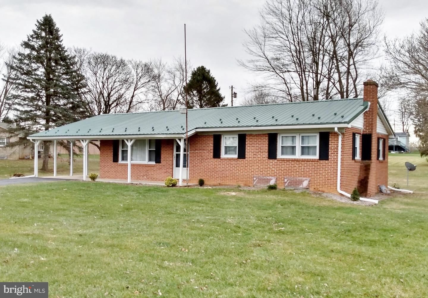 Photo of 6196 MOUNTAIN VIEW, CHAMBERSBURG, PA 17202 (MLS # PAFL177538)