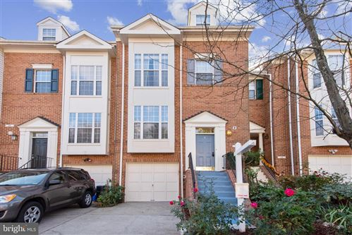 Photo of 24 SUNCROFT CT, SILVER SPRING, MD 20904 (MLS # MDMC736540)