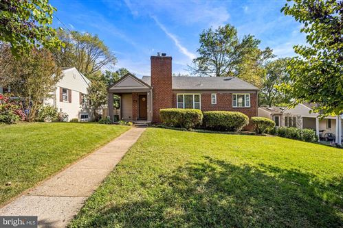 Photo of 2612 ROSS RD, CHEVY CHASE, MD 20815 (MLS # MDMC2019542)