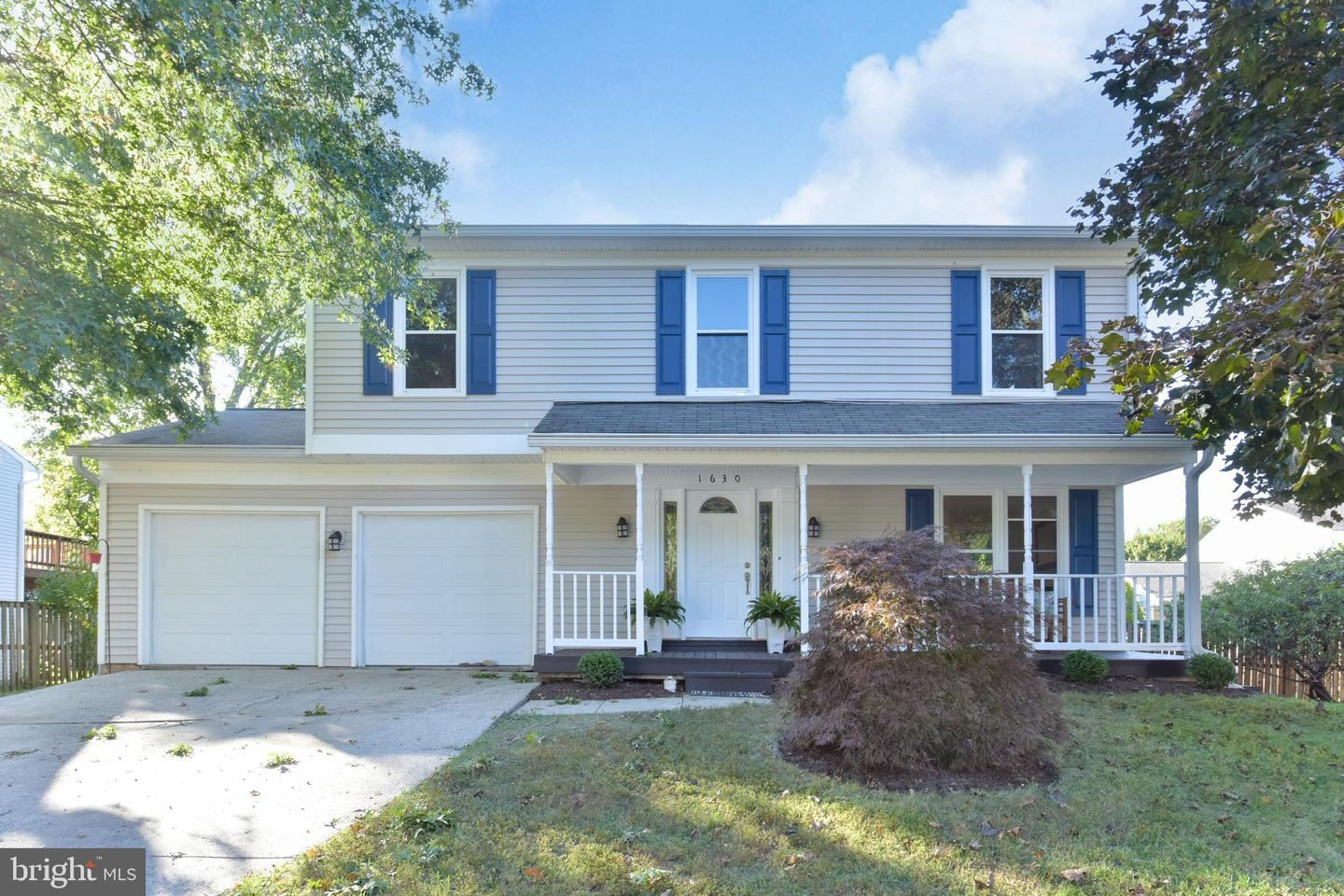 Photo of 1630 HIDDENBROOK DR, HERNDON, VA 20170 (MLS # VAFX1161542)