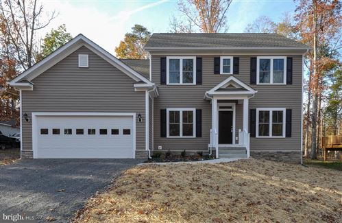 Photo of 1104 LAKEVIEW PKWY, LOCUST GROVE, VA 22508 (MLS # VAOR135544)