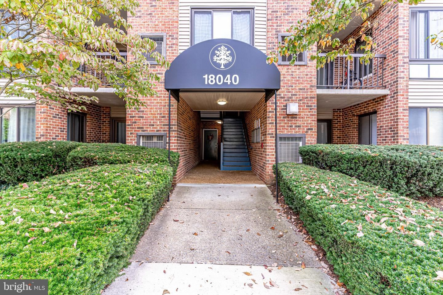 Photo of 18040 CHALET DR #15-203, GERMANTOWN, MD 20874 (MLS # MDMC2019548)