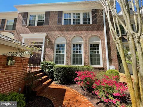 Photo of 9424 TURNBERRY DR, POTOMAC, MD 20854 (MLS # MDMC752550)