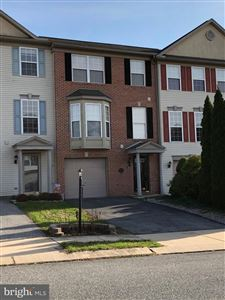 Photo of 140 FISHER DR, YORK, PA 17404 (MLS # PAYK128550)