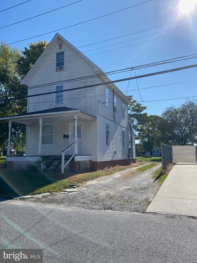 Photo of 24 CHESTNUT ST, GEORGETOWN, DE 19947 (MLS # DESU171550)