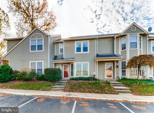 Photo of 10 MIZZEN CT, ANNAPOLIS, MD 21403 (MLS # MDAA418552)