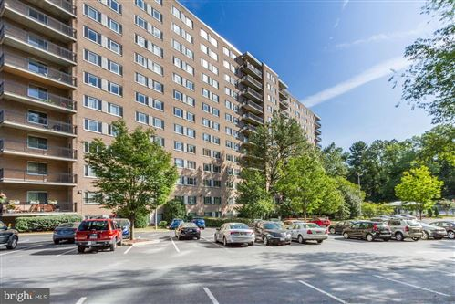Photo of 1900 LYTTONSVILLE RD #405, SILVER SPRING, MD 20910 (MLS # MDMC674552)