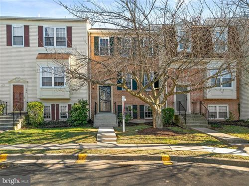 Photo of 708 IVY LEAGUE LN #12-68, ROCKVILLE, MD 20850 (MLS # MDMC698552)