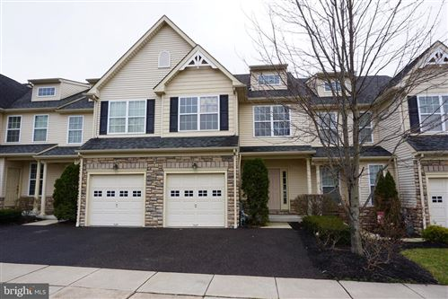 Photo of 113 SHERWOOD LN, CONSHOHOCKEN, PA 19428 (MLS # PAMC640552)