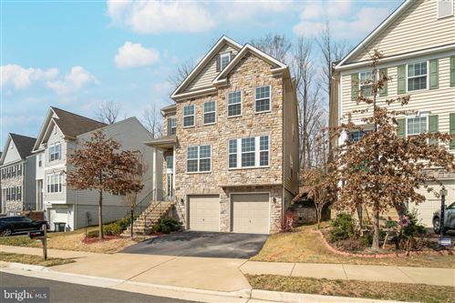 Photo of 3495 EAGLE RIDGE DR, WOODBRIDGE, VA 22191 (MLS # VAPW515552)