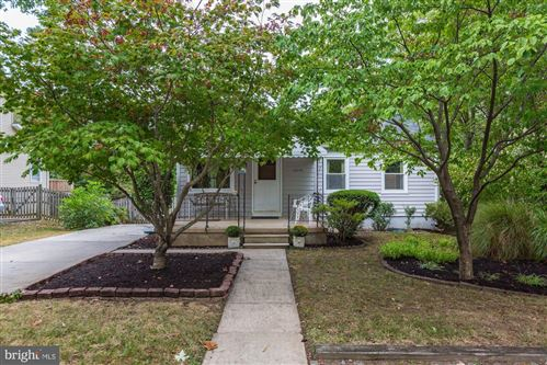 Photo of 10220 DAY AVE, KENSINGTON, MD 20895 (MLS # MDMC681558)