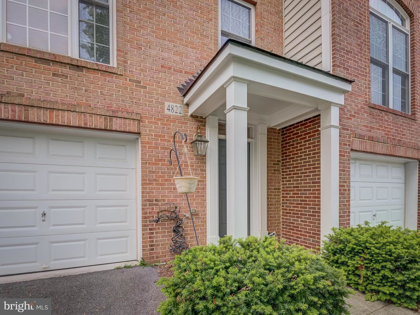 4822 LEE HOLLOW PL, Ellicott City, MD 21043 - MLS#: MDHW293560
