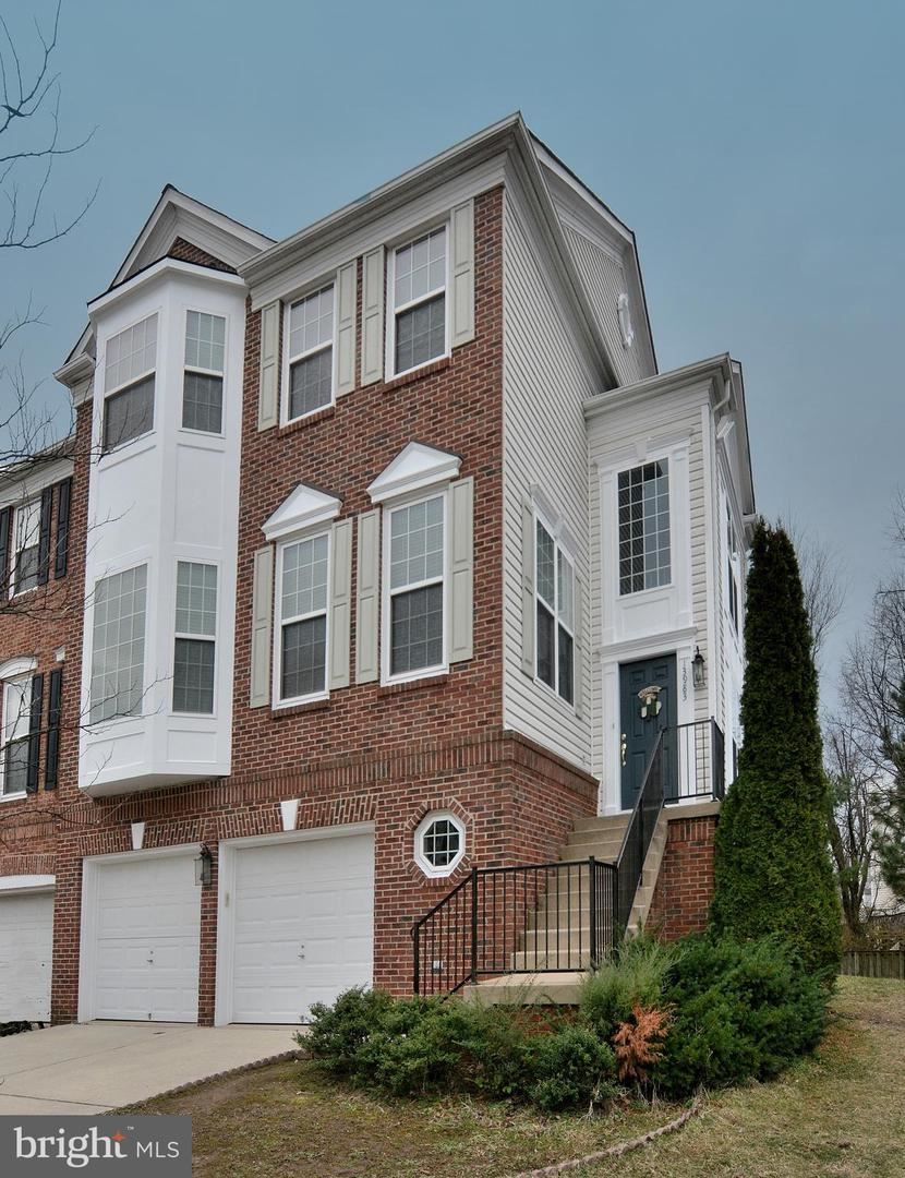 Photo of 13983 TANNERS HOUSE WAY, CENTREVILLE, VA 20121 (MLS # VAFX1110564)