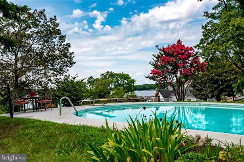 Photo of 412 FERRY POINT RD, ANNAPOLIS, MD 21403 (MLS # MDAA442566)