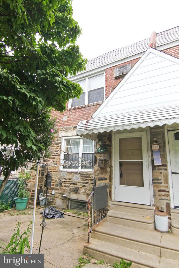 Photo for 821 FAIRFAX RD, DREXEL HILL, PA 19026 (MLS # PADE527568)