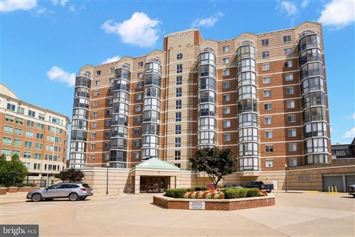 Photo of 24 COURTHOUSE SQ #402, ROCKVILLE, MD 20850 (MLS # MDMC2008570)