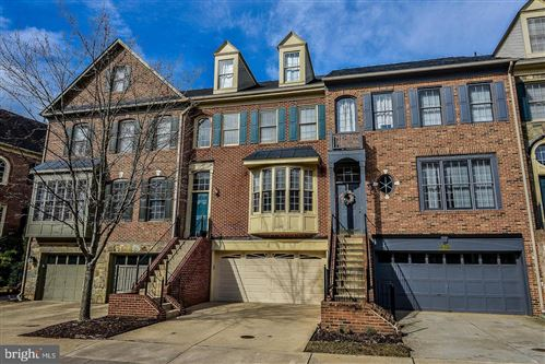 Photo of 1157 REGAL OAK DR, ROCKVILLE, MD 20852 (MLS # MDMC671570)