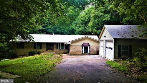 Photo of 7010 LOCUST CT, OWINGS, MD 20736 (MLS # MDCA177574)