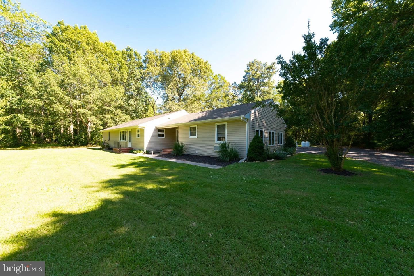 Photo of 304 SHAWN RD, CENTREVILLE, MD 21617 (MLS # MDQA144574)